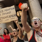 """Pro-Abortion Activists In Texas Yell """"Hail Satan!"""" As Pro-Lifers Sing 'Amazing Grace'"""